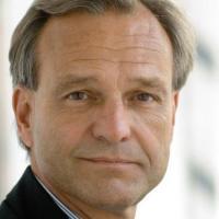 Prof. Dr. Karsten Danzmann, Director Laserinterferometry & Gravitational Wave As